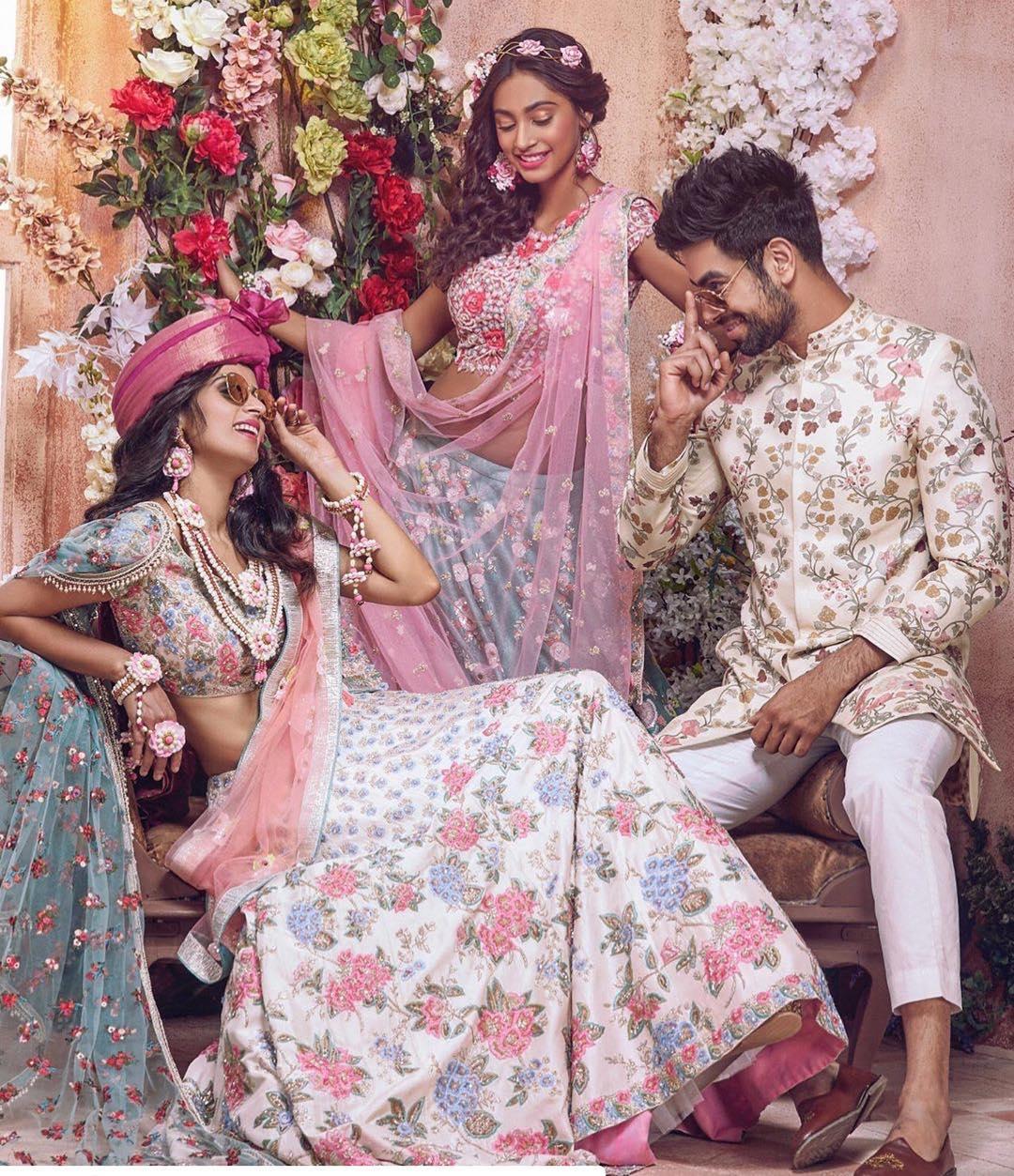 Aza Fashions x Eshaa Amiin