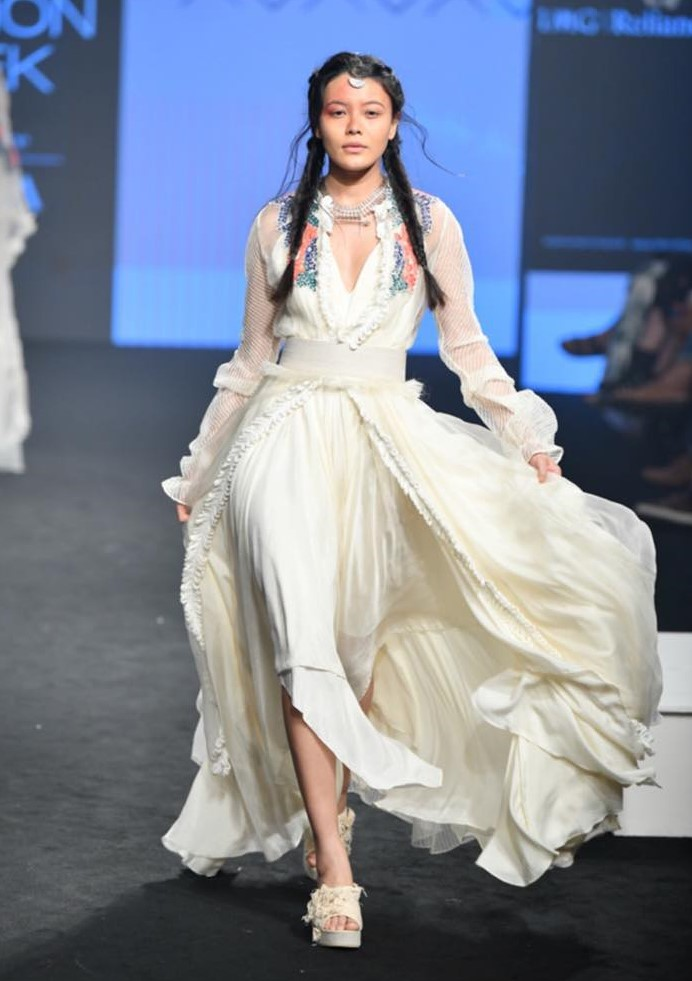 Agami by Neha Agarwal presented a beautiful collection at the Lakme Fashion Week A/W19