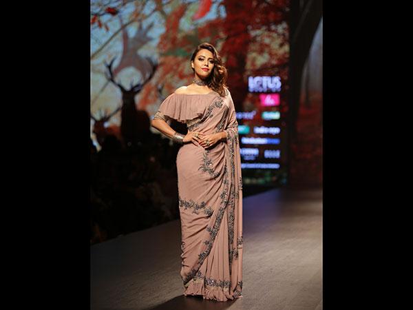 Nirmooha by Prreeti Jaiin Nainutia|Swara Bhaskar| LMIFW A\W 2019