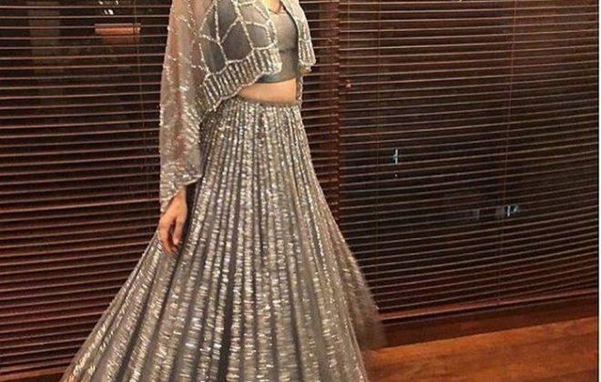 Karishma Kapoor for Neeru's Store Launch